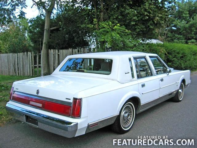 LINCOLN TOWN CAR - 66px Image #7