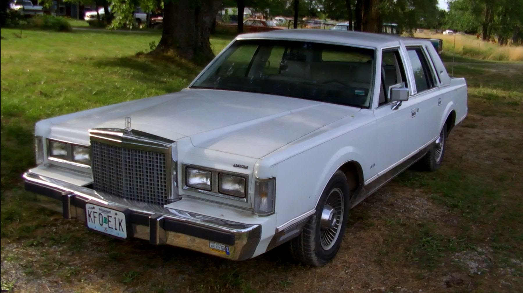 1987 Lincoln Town Car Information And Photos Momentcar