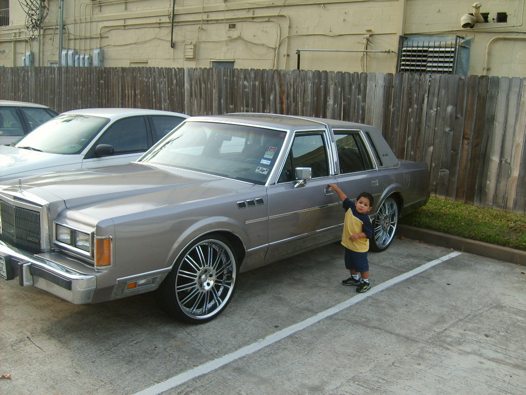1989 Lincoln Town Car Information And Photos Momentcar