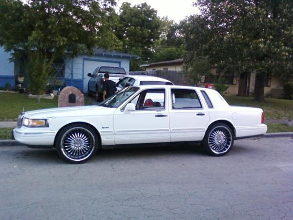 1997 Lincoln Town Car Lowrider Lincoln Town Car 2012 Image 68