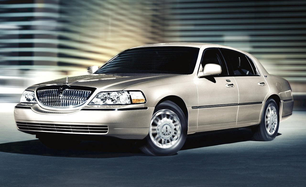 2008 lincoln town car information and photos momentcar. Black Bedroom Furniture Sets. Home Design Ideas