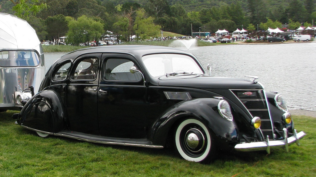 1937 Lincoln Zephyr Information And Photos Momentcar
