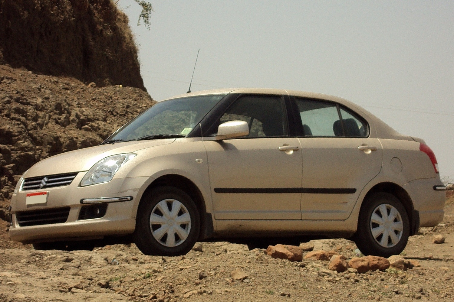 Maruti Dzire VXi became one of the best-selled models in Suzuki 2008 Swift range #11