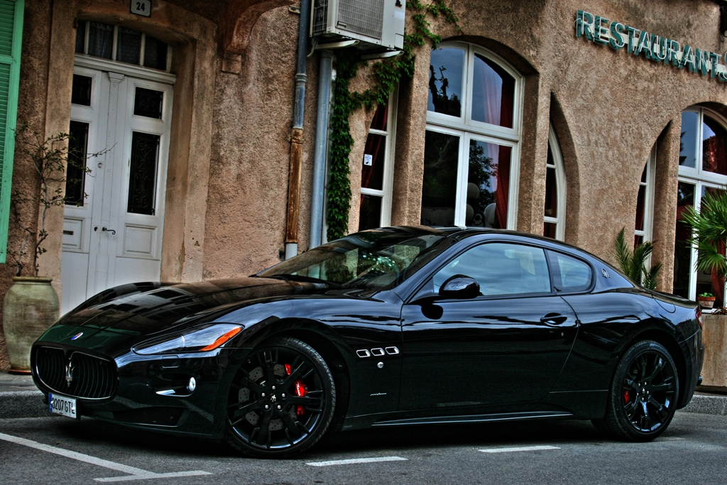 2009 maserati granturismo information and photos momentcar. Black Bedroom Furniture Sets. Home Design Ideas