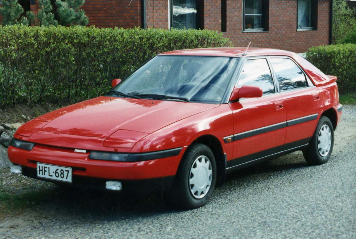 Download mazda-323-5.jpg