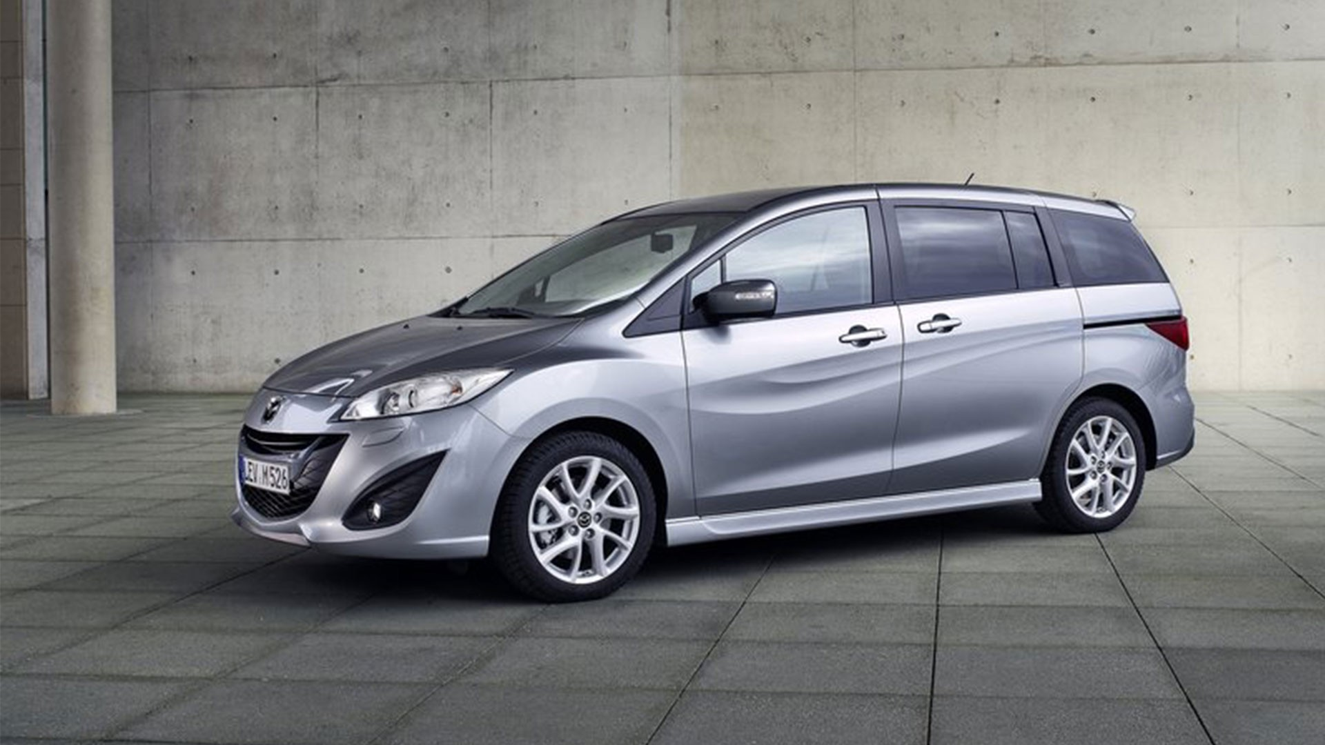 2014 mazda mazda5 information and photos momentcar. Black Bedroom Furniture Sets. Home Design Ideas