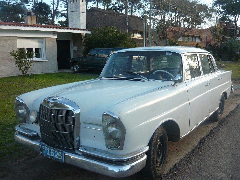 1964 mercedes benz 220 information and photos momentcar for Facts about mercedes benz