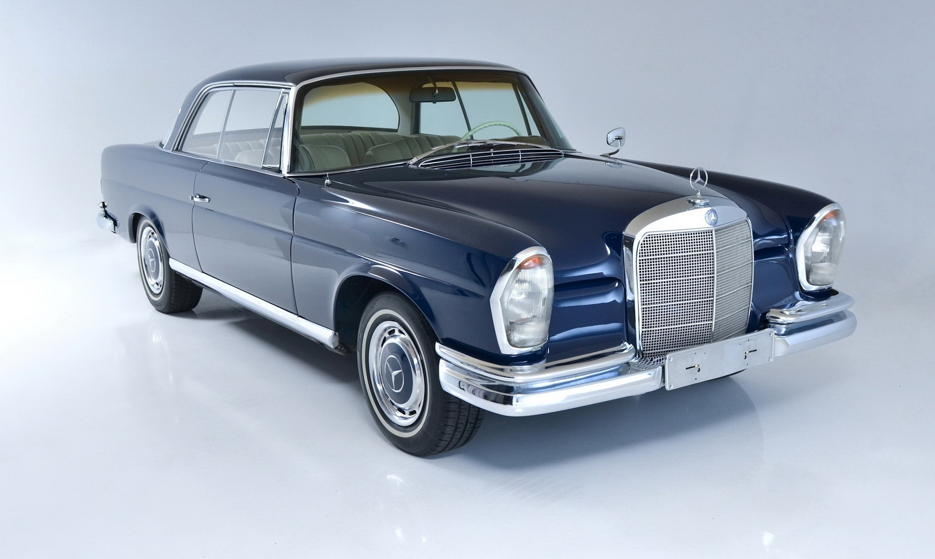 1961 mercedes benz 220se information and photos momentcar. Black Bedroom Furniture Sets. Home Design Ideas