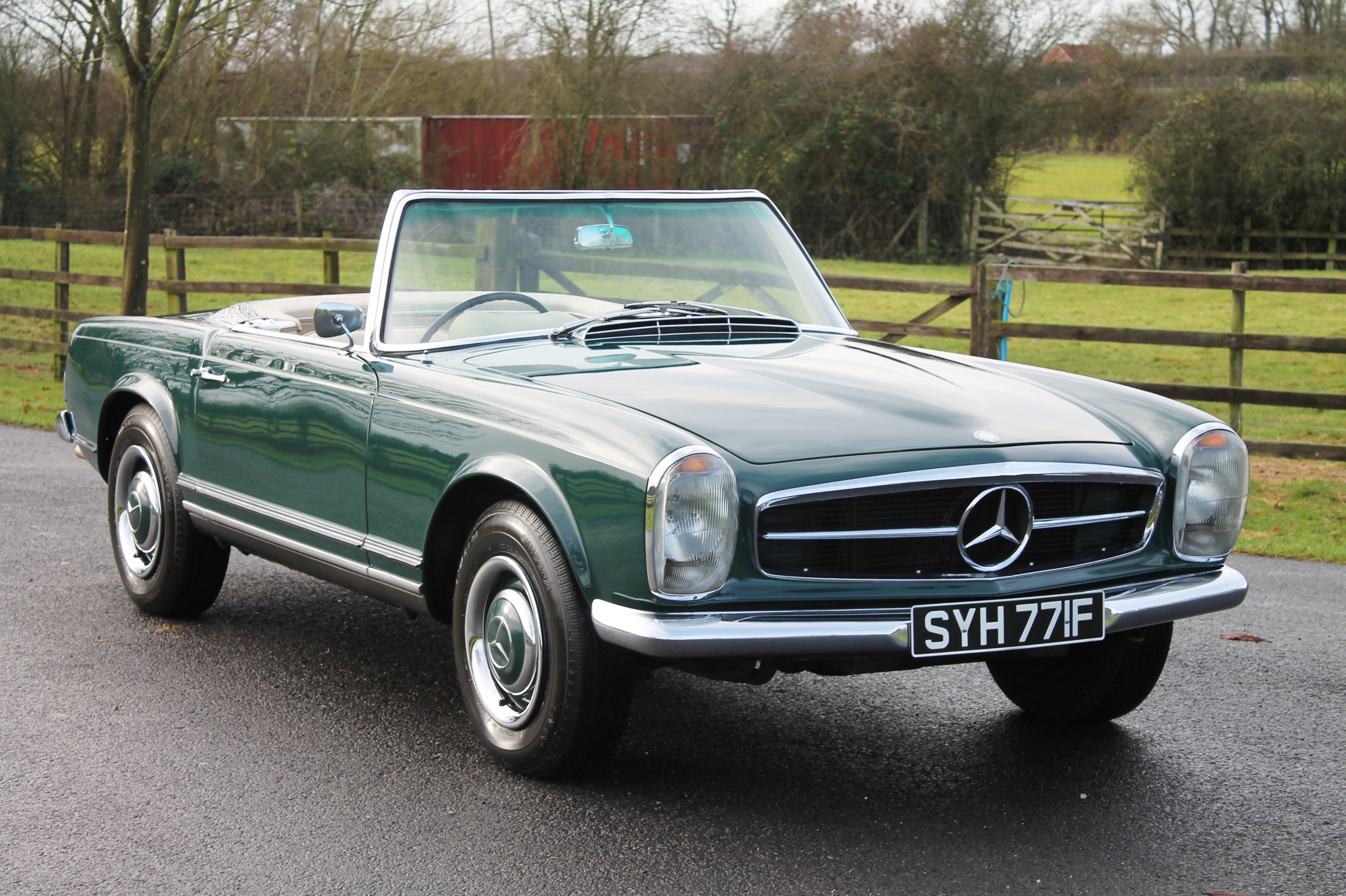 1967 mercedes benz 230sl information and photos momentcar for Mercedes benz 230sl