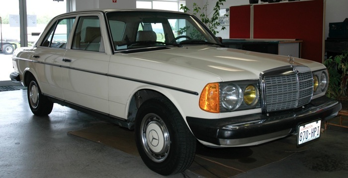 1983 Mercedes Benz 240d Information And Photos Momentcar