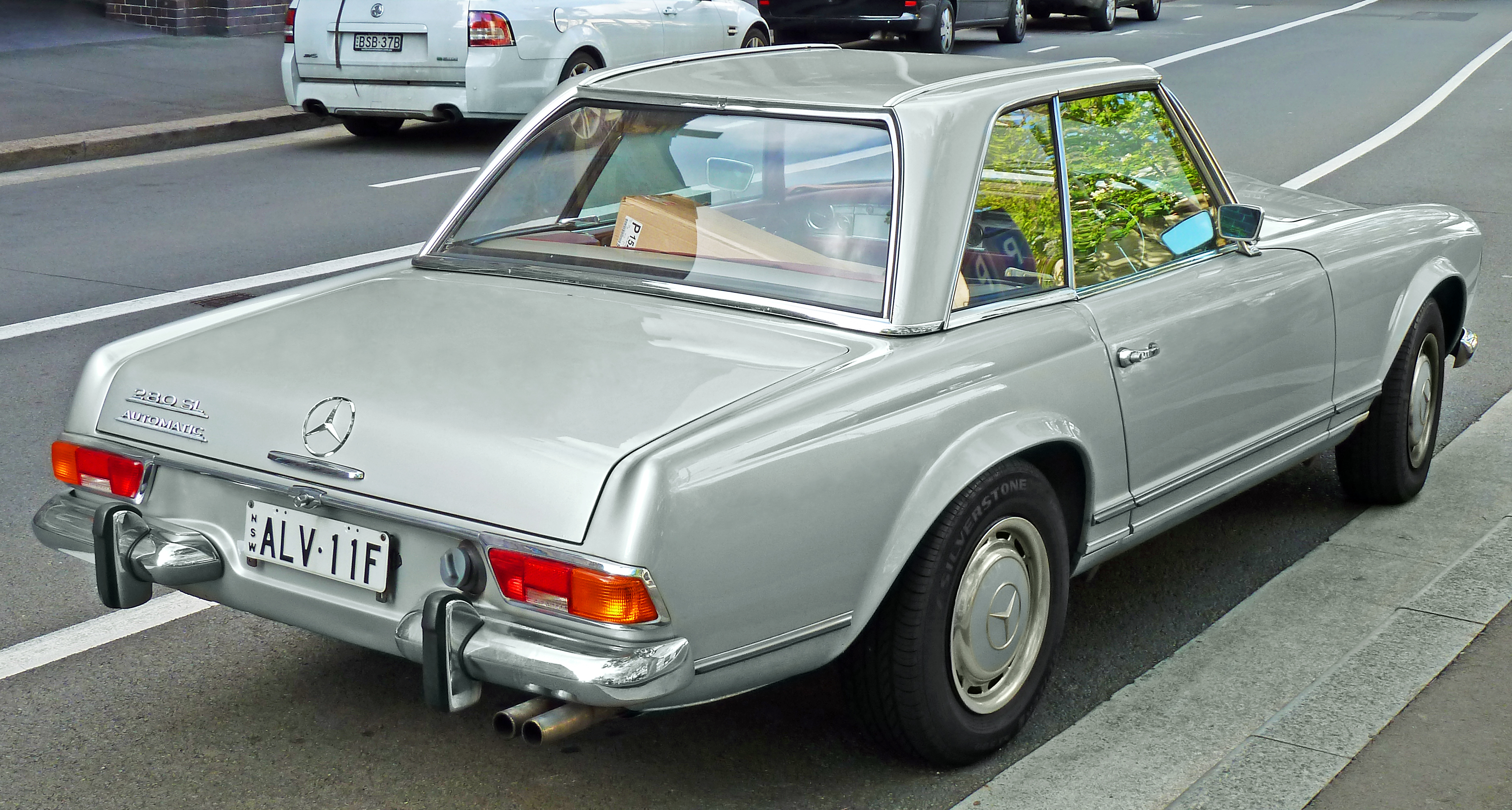 Mercedes Benz 280sl Information And Photos Momentcar