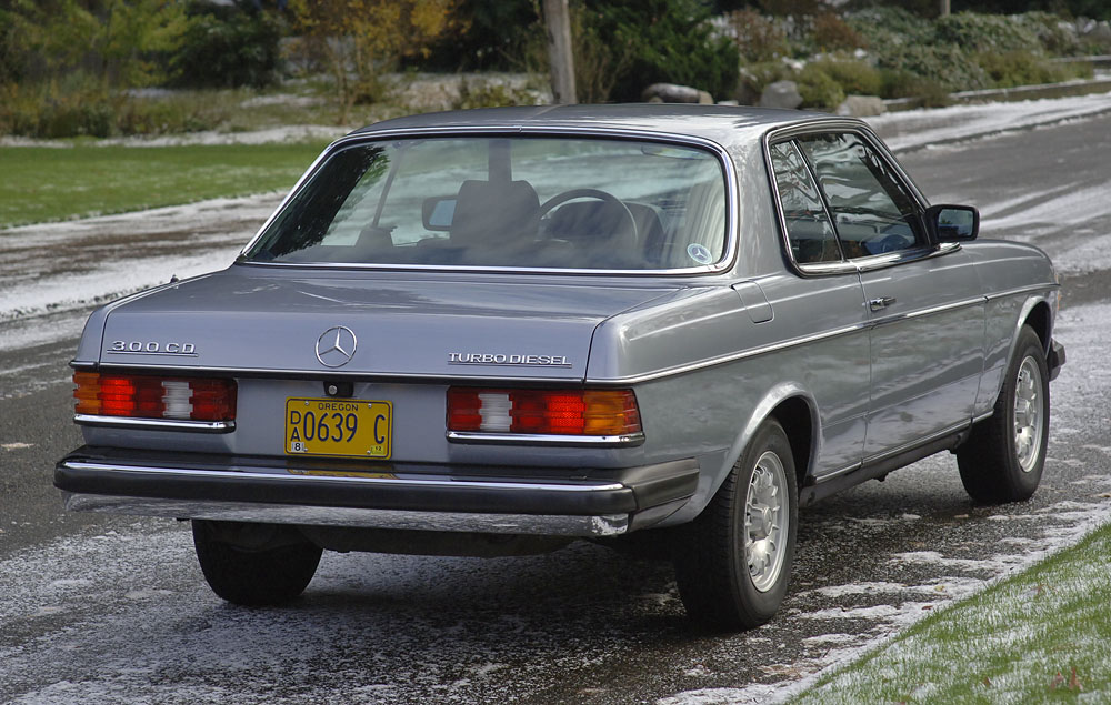 Mercedes-Benz 300CD #13