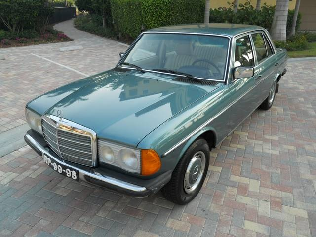 Mercedes-Benz 300CD 1981 #8