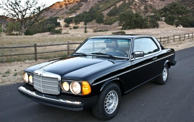 mercedes benz 300cd information and photos momentcar