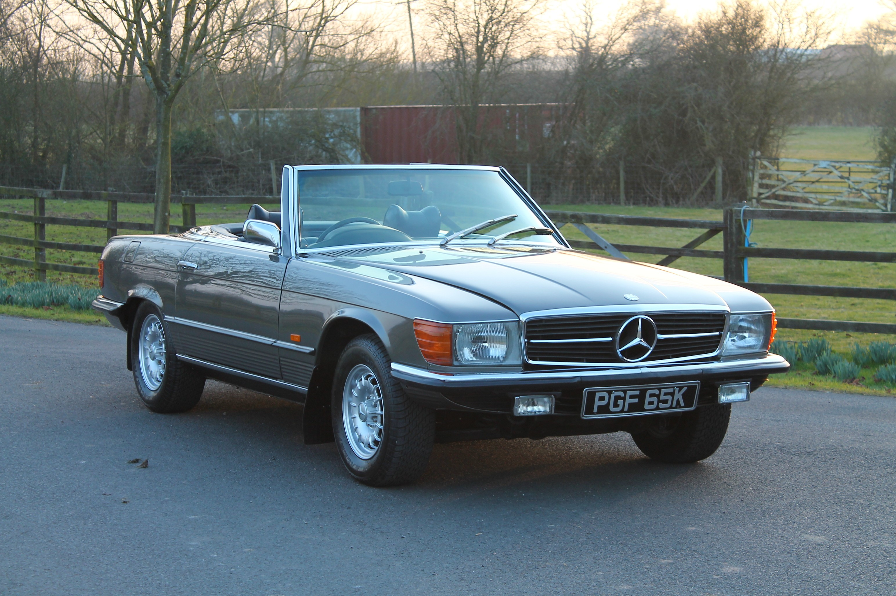 mercedes benz 350sl information and photos momentcar