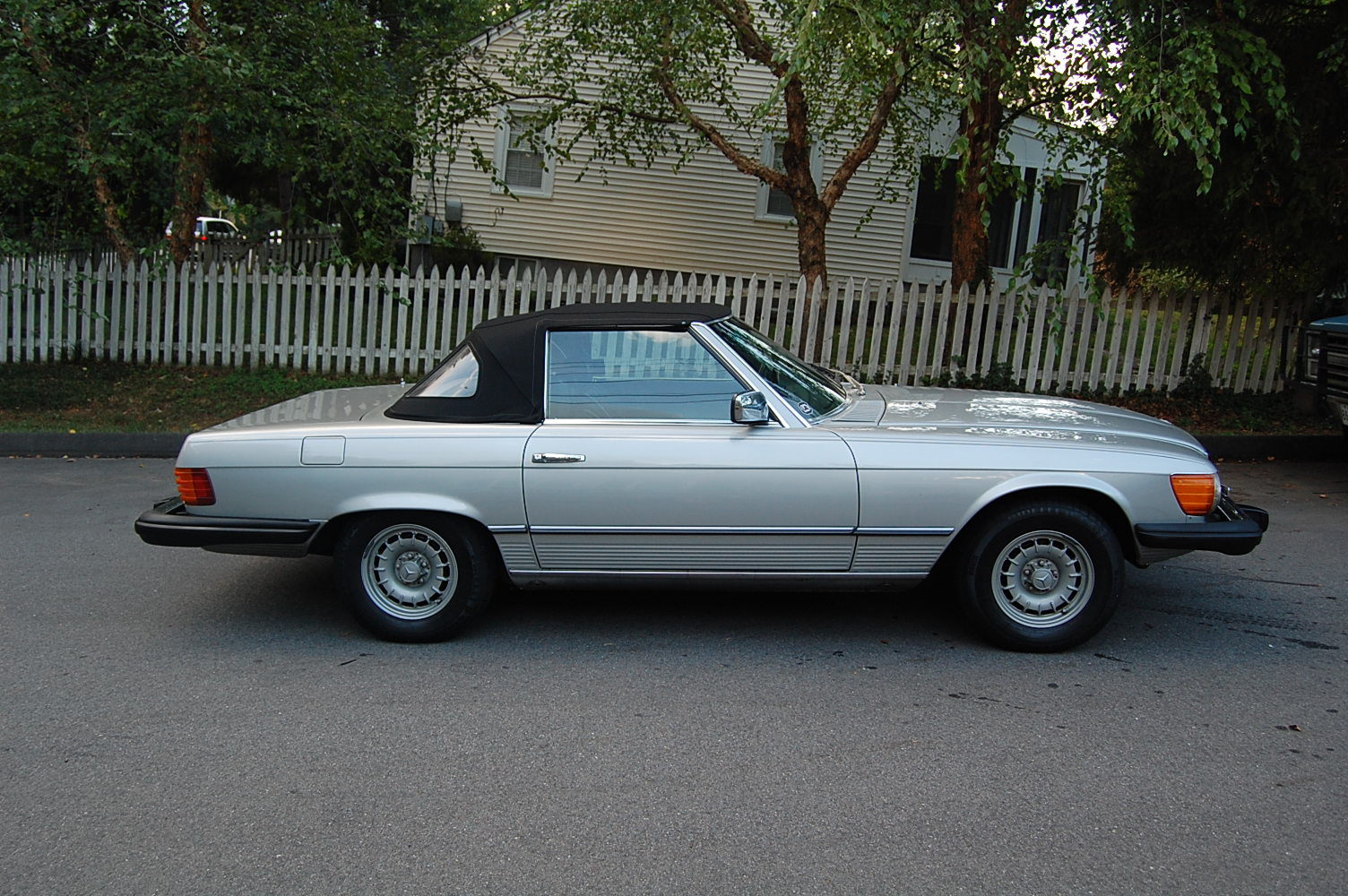 1978 mercedes benz 450sl information and photos momentcar for 1978 mercedes benz 450sl