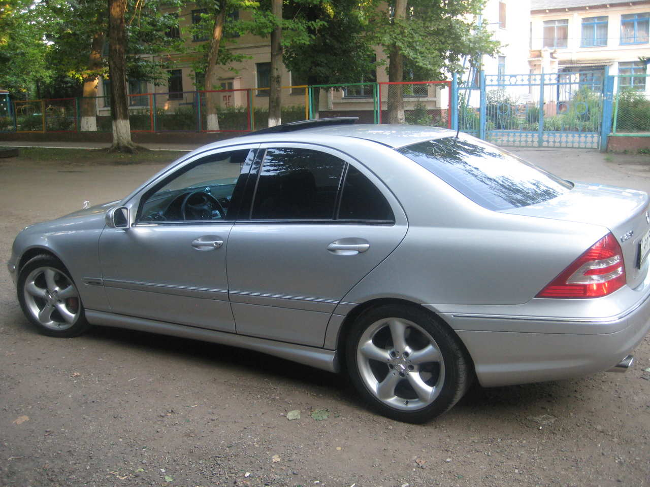 2004 mercedes benz c class information and photos momentcar. Black Bedroom Furniture Sets. Home Design Ideas