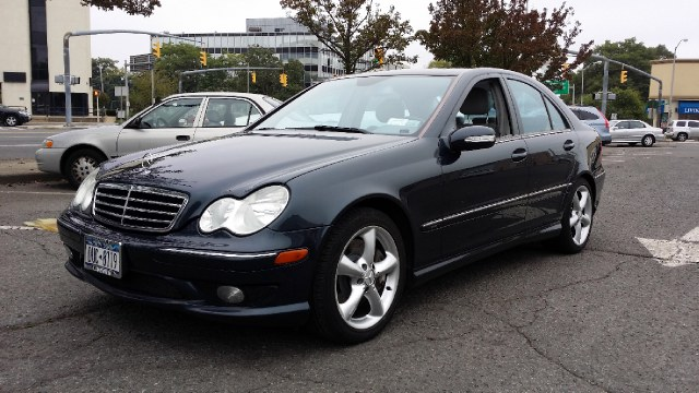 2005 Mercedes Benz C Class Information And Photos