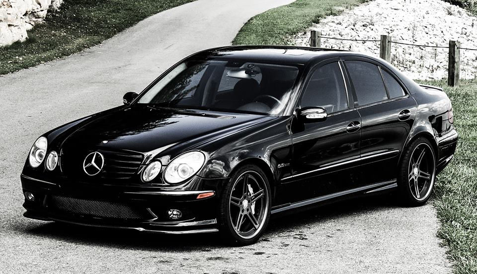 mercedes benz e55 amg information and photos momentcar. Black Bedroom Furniture Sets. Home Design Ideas