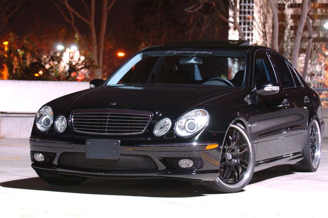 Download Mercedesbenz E55 Amg 3