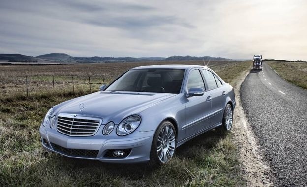 2008 mercedes benz e class information and photos momentcar. Black Bedroom Furniture Sets. Home Design Ideas