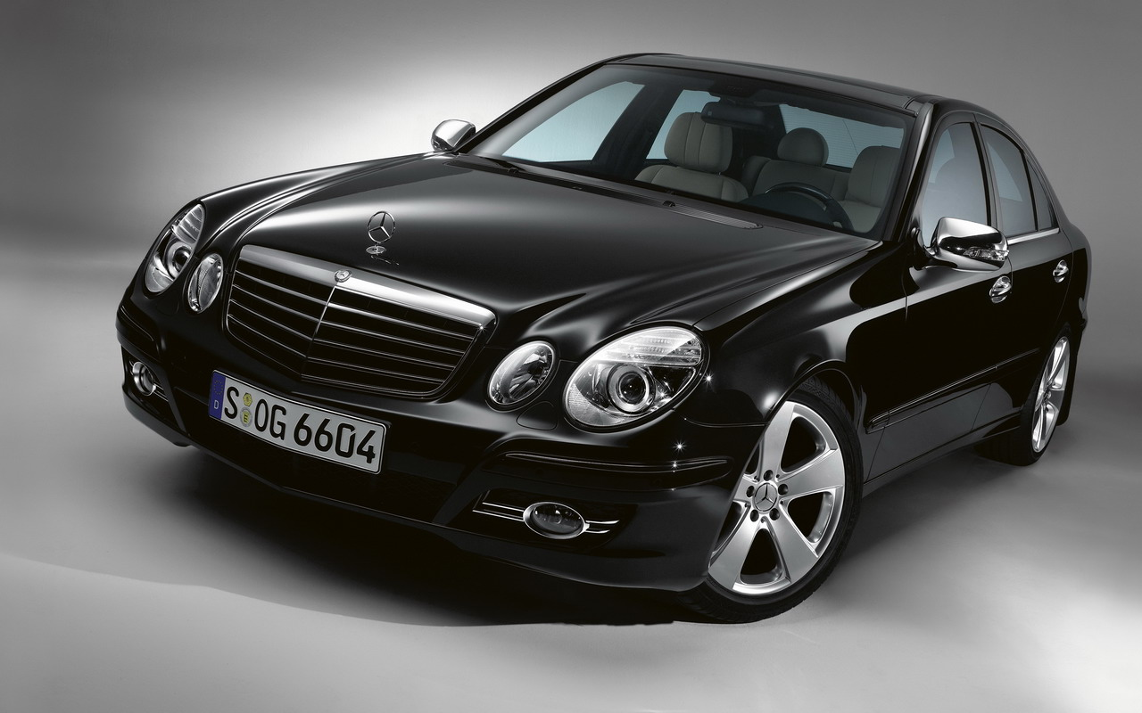 2008 mercedes benz e class information and photos for Mercedes benz e 350 2008