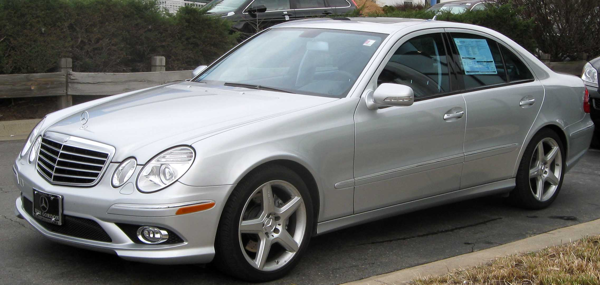 2009 mercedes benz e class information and photos for Mercedes benz 2009 e class