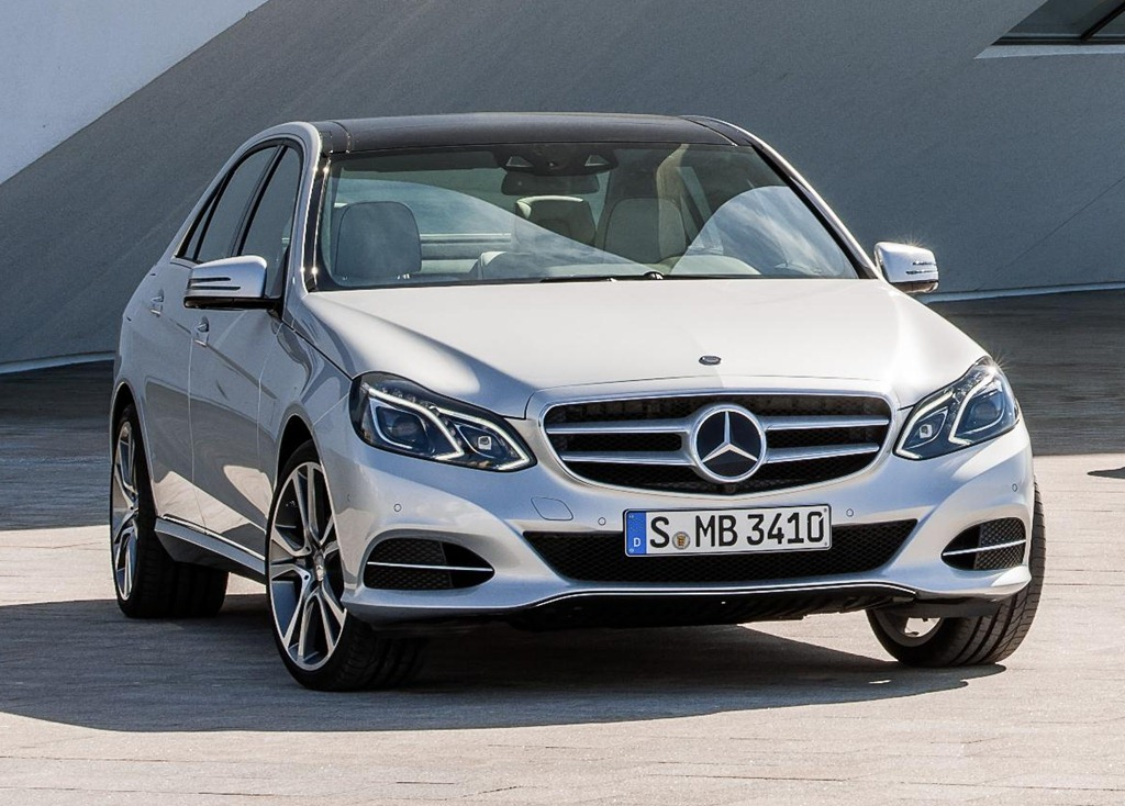 2013 Mercedes-Benz E-Class - Information and photos - MOMENTcar