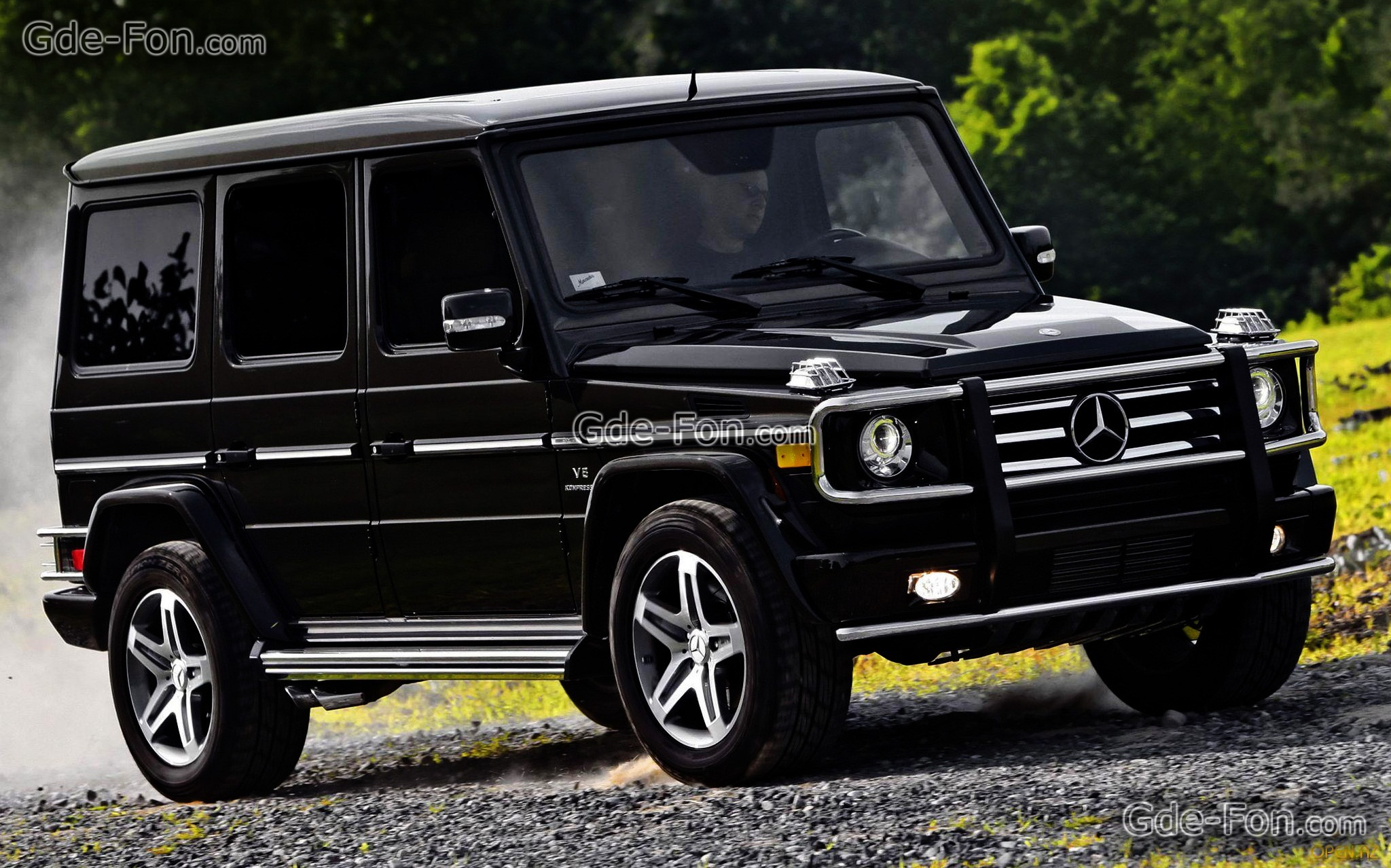mercedes benz g class information and photos momentcar. Black Bedroom Furniture Sets. Home Design Ideas