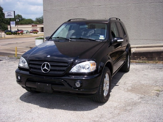 2002 mercedes benz m class information and photos for Mercedes benz ml320 2002