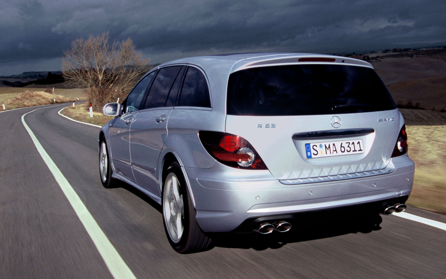 Mercedes-Benz R-Class - Information and photos - MOMENTcar