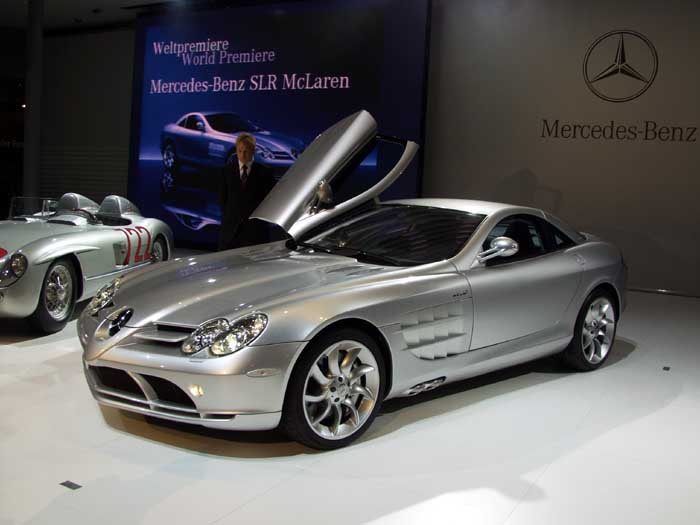 Mercedes-Benz SLR McLaren Base #13
