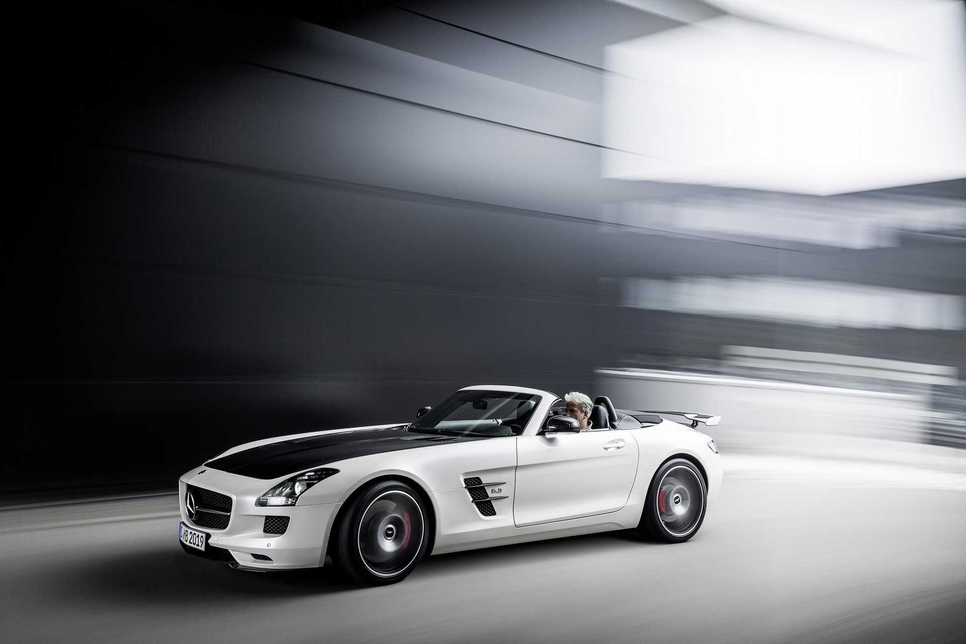 Mercedes-Benz SLS AMG GT Final Edition #8