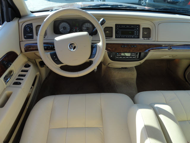Mercury Grand Marquis 2010 #5