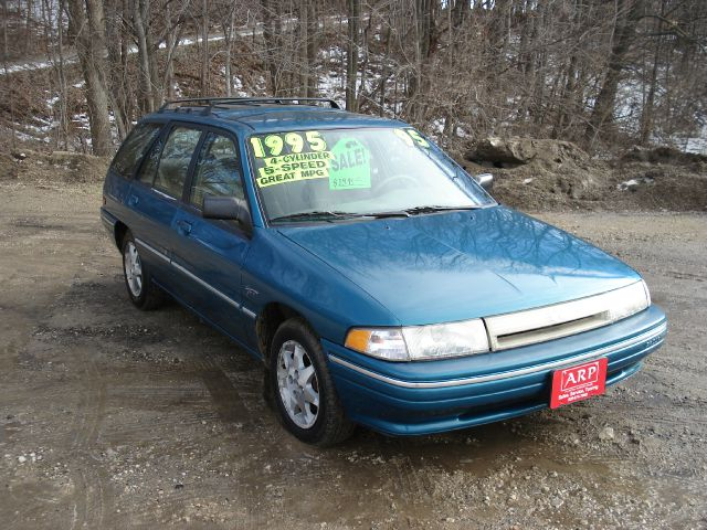 1995 Mercury Tracer - Information and photos - MOMENTcar