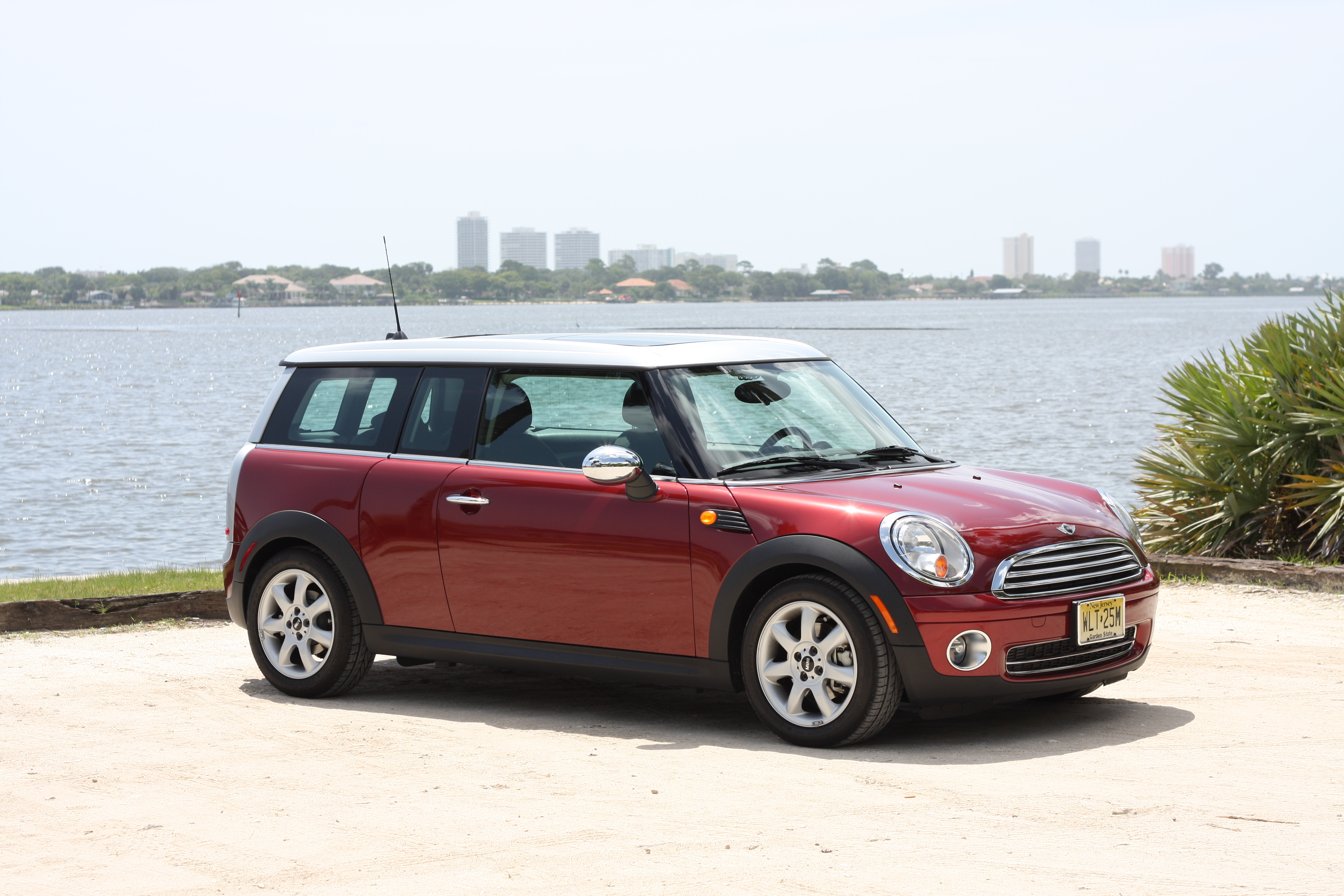 Mini Cooper Clubman Information And Photos Momentcar