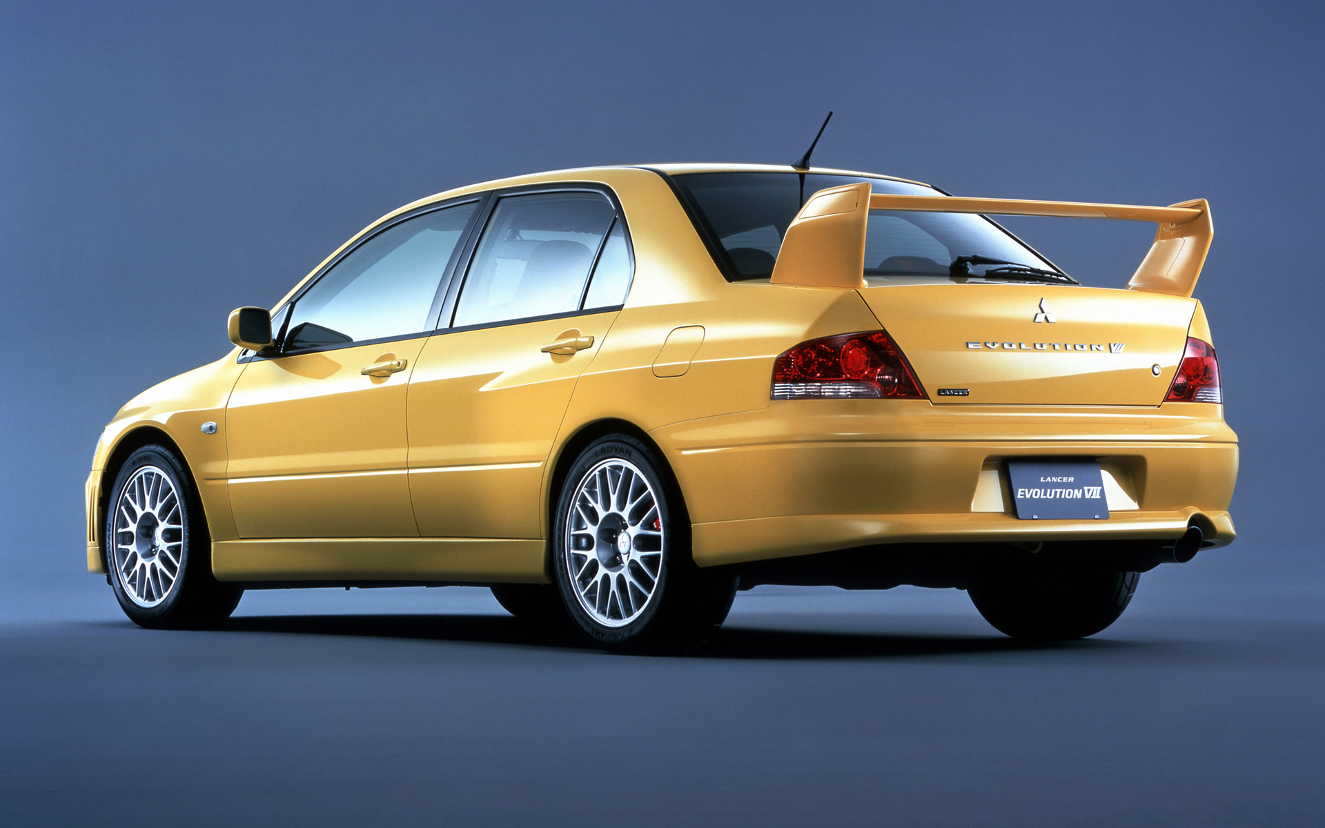 2002 Mitsubishi Lancer  Information and photos  MOMENTcar