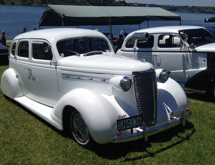 1937 Nash Lafayette 400 - Information and photos - MOMENTcar