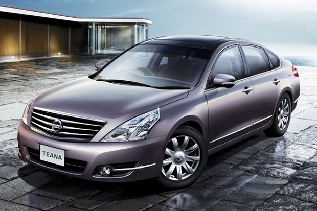 Altima wins the test drive for Nissan 2010 models #6