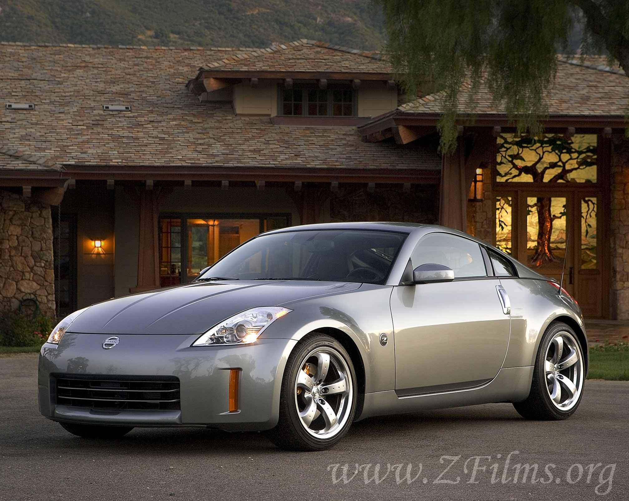 2008 Nissan 350Z - Information and photos - MOMENTcar