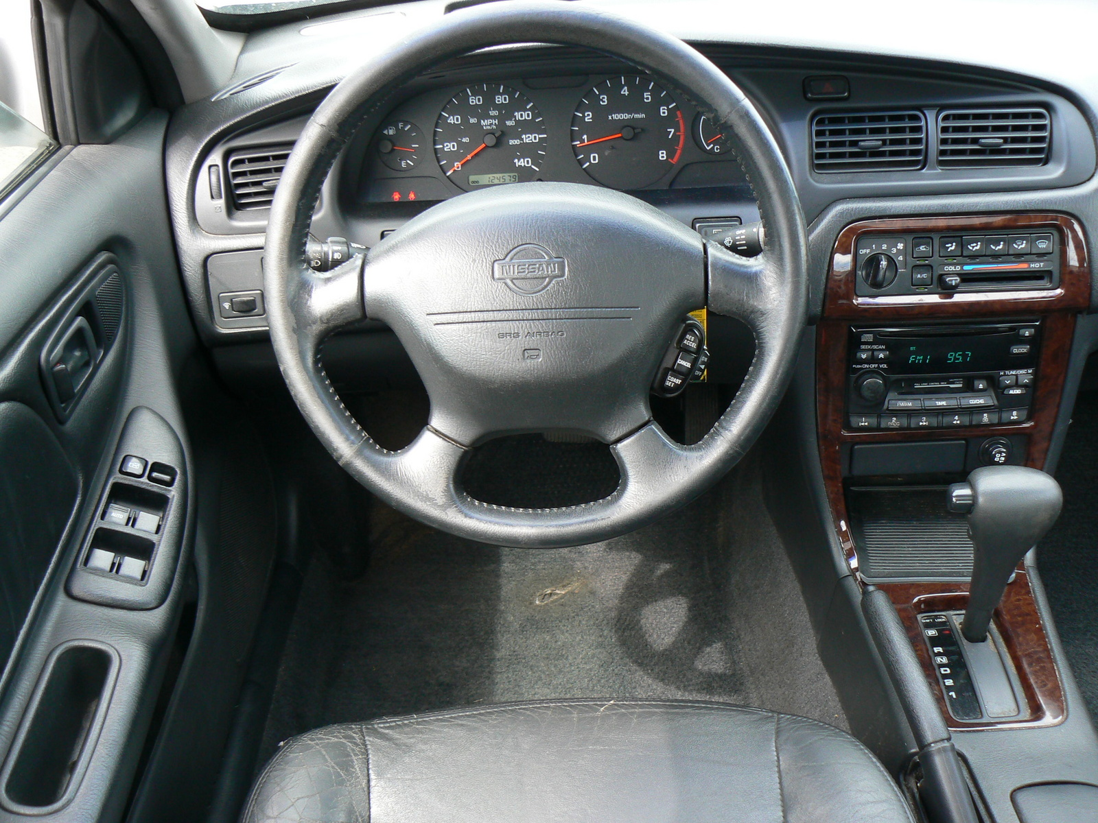 2001 nissan altima information and photos momentcar nissan altima 2001 8 vanachro Image collections