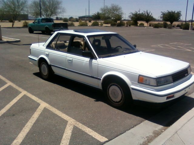 1987 Nissan Maxima - Information and photos - MOTcar