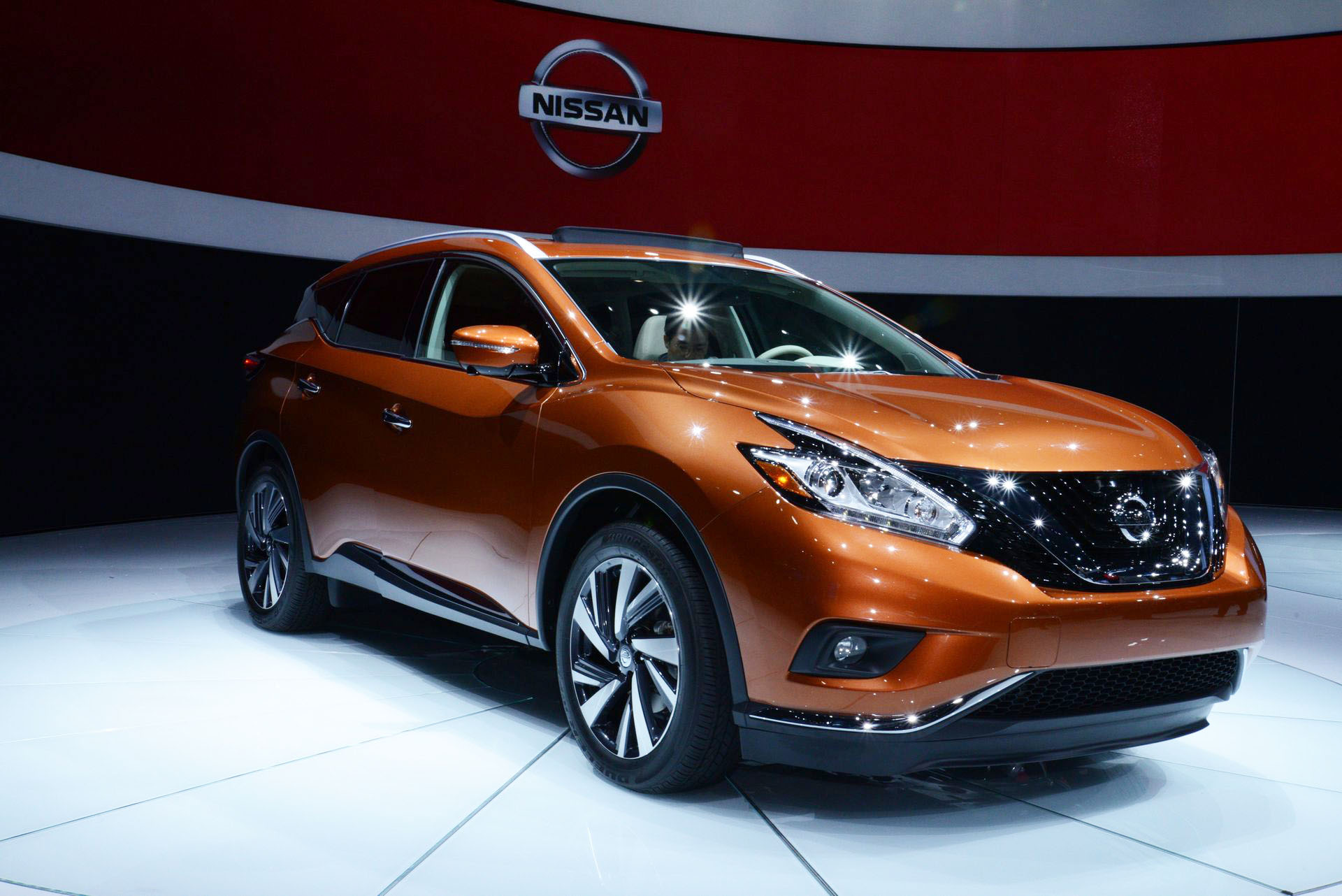 front suv news unchanged nissan at s murano pricing view fwd