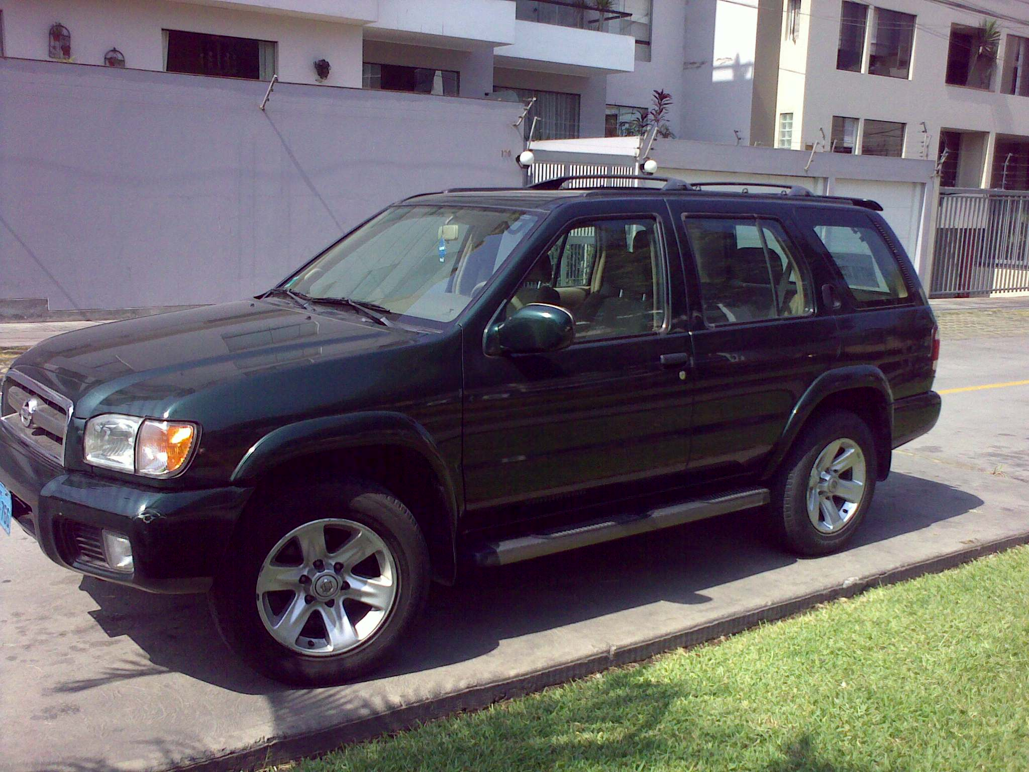 2001 nissan pathfinder - information and photos - momentcar