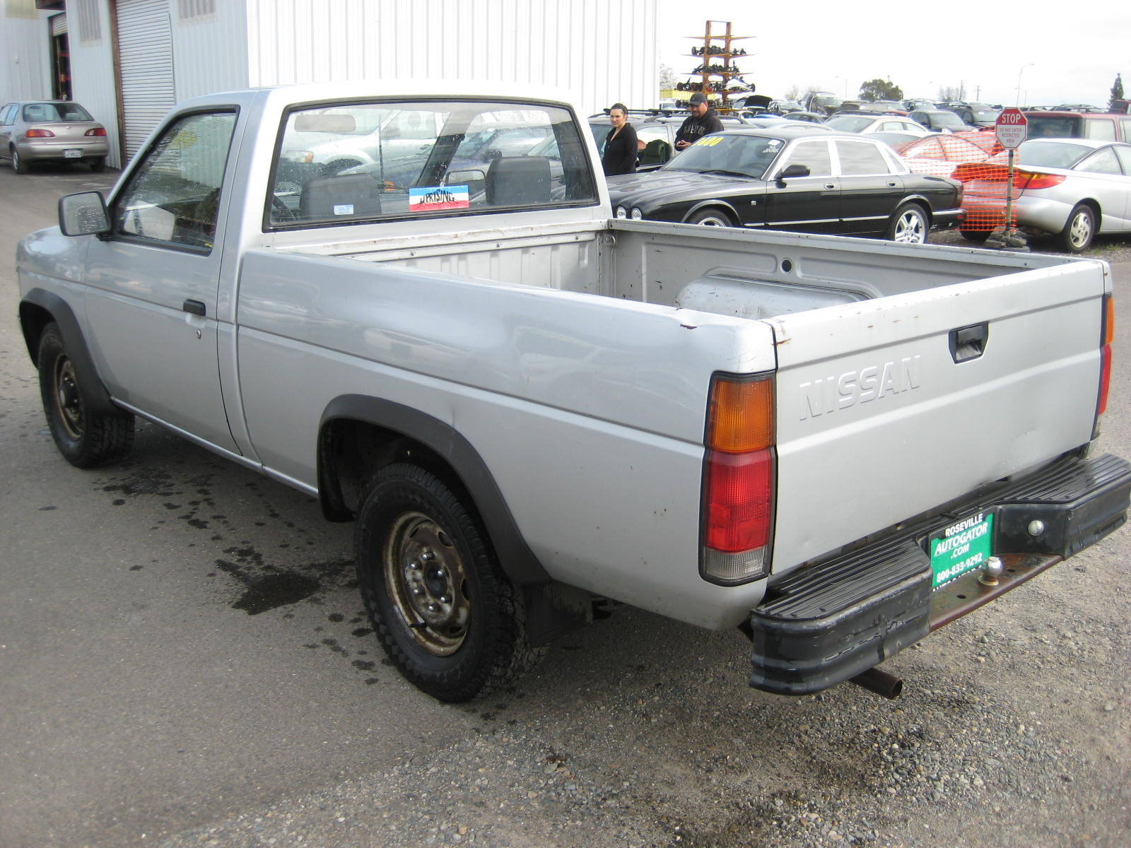 Download nissan pickup 1987 6 jpg