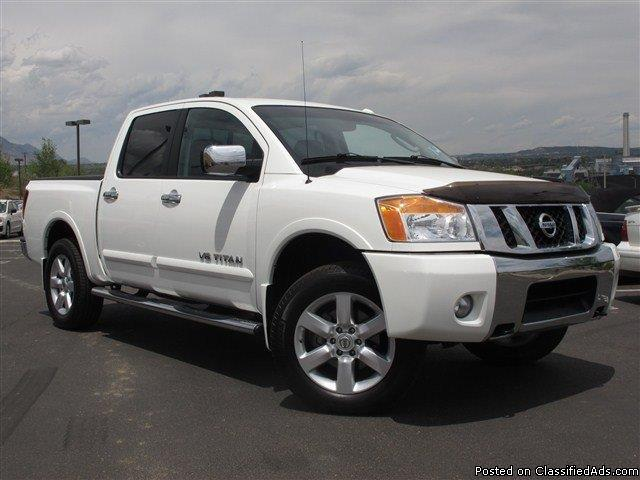 2010 nissan titan information and photos momentcar. Black Bedroom Furniture Sets. Home Design Ideas
