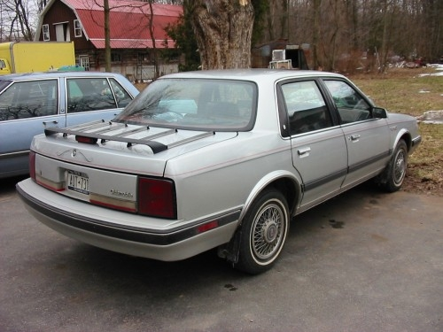 Oldsmobile 1990 facelift hit the car market in 90s #6