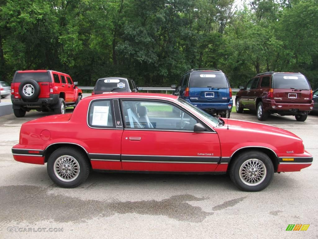 Oldsmobile 1990 facelift hit the car market in 90s #9