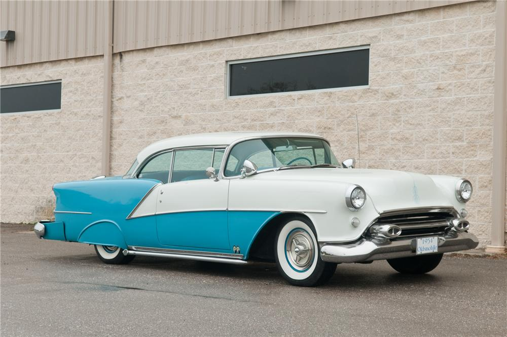 1954 Oldsmobile 98 - Information and photos - MOMENTcar