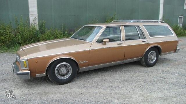 Oldsmobile Custom Cruiser 1986 #6
